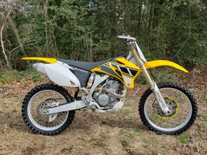 2006 Yamaha yz250f 50th anniversary model for Sale in Millville, NJ