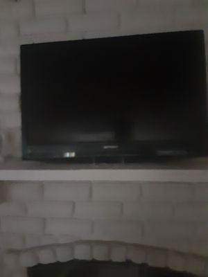 32 inch Emerson Flat Tv for Sale in Dallas, TX