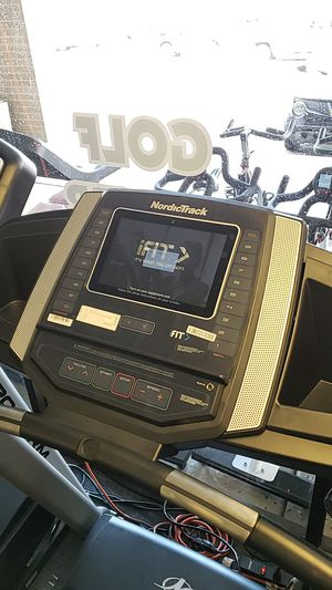 Nordictrack t6.5si treadmill for Sale in Glendale, AZ