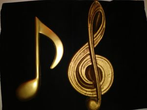 Music Note Decorative Wall Hanging for Sale in St. Louis, MO