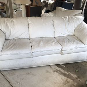 Sofas & Love Seat for Sale in Moreno Valley, CA