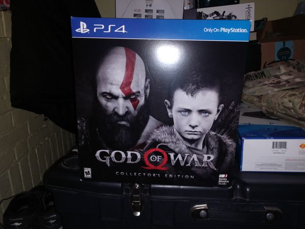 GOD OF WAR COLLECTIBLE STATUE