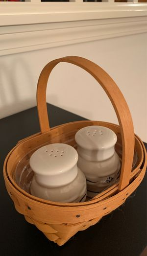 Longaberger small basket pottery blue salt & pepper shakers $20 for Sale in Federal Way, WA