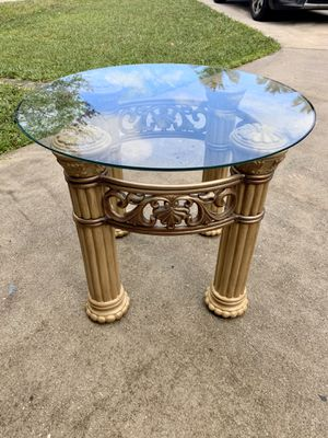 "Gorgeous pillar column side or coffee table w/ glass top 30x20"" high for Sale in Davie, FL"