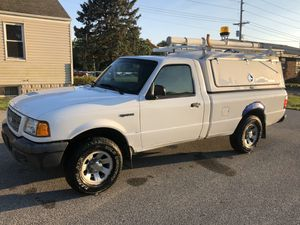 2003 ford ranger 4X4 124xxx original miles 4.0 v6 automatic runs great excellent condition cold ac Workmans walk in camper shell with shelves and lad for Sale in Fairview Heights, IL