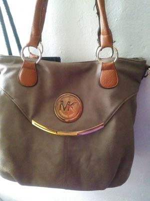 Michael Kors Bag for Sale in Cleveland, OH