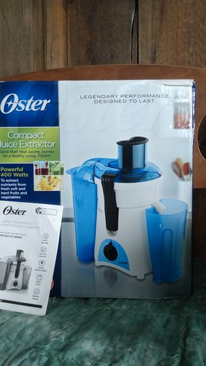 Oster Compact Juice Extractor for Sale in Pittman Center, TN