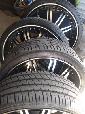 22 inch rims for Sale in Bakersfield, CA