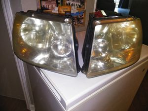 2004 ford expedition headlight set for Sale in Winter Springs, FL