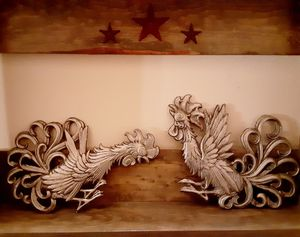 Chicken decor for Sale in Prineville, OR