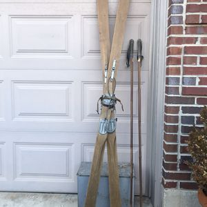 VINTAGE WOODEN SNOW SKIs FROM GERMANY for Sale in Plainfield, IL