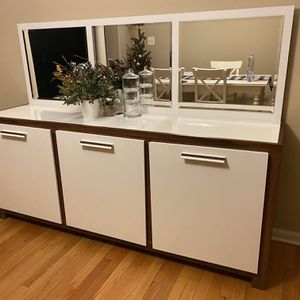 Buffet Cabinet With Mirror (detachable) for Sale in Rolling Meadows, IL