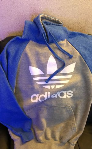 Adidas sweater not original for Sale in Paramount, CA