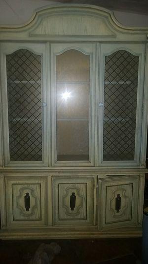 Antique China curio cabinet for Sale in Phoenix, AZ