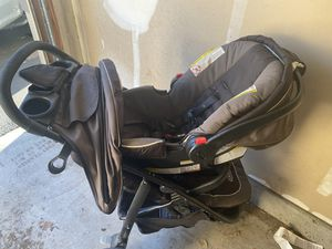 Car seat and stroller for Sale in Corona, CA