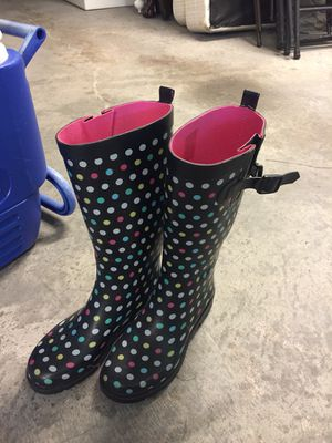 Rain boots size 7 for Sale in Cary, NC