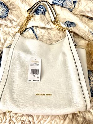 Michael kors white purse for Sale in West Palm Beach, FL