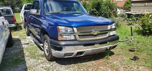 2003 silverado 2WD 4.3L V6 for Sale in Temple Hills, MD
