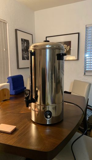 Adcraft wb-100 water boiler 500 oz 100 cup 120v for Sale in Miami, FL