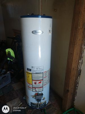 40-gallon water heater refurbished for Sale in Fresno, CA