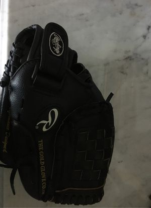 Baseball glove (great condition, fielders glove, 11 inch) for Sale in Falls Church, VA