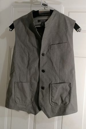 Kenneth Cole Reaction 093 black/grey combo Vest NWT Men's large /44 MUST SALE! for Sale in Decatur, GA