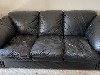 Leather Couch for Sale in Aliso Viejo,  CA