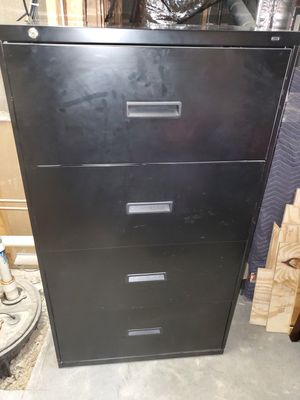 4 drawer lateral file cabinet for Sale in Snellville, GA