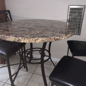 TALL TABLE FOR SALE ONLY for Sale in Fresno, CA