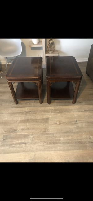 Coffee table and two end tables for Sale in Murfreesboro, TN