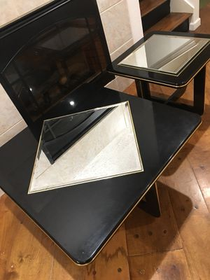 Nice design Coffee Table set of 2 with Mirror Top for Sale in Grand Prairie, TX