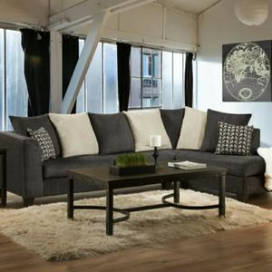 Gray & Ivory Sectional for Sale in Atlanta, GA