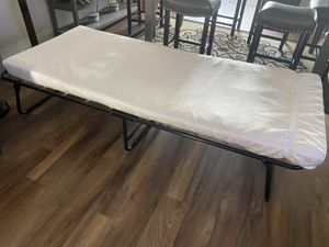 Foldable Portable Twin Guest Bed 3 months old lightly used for Sale in Pasadena, CA