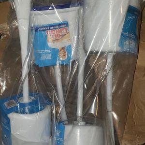 Cepillos Para El Baño Nievos. Los 4 X $10 for Sale in Humble, TX