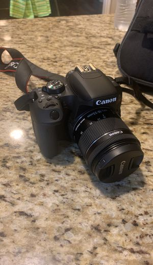 Canon rebel EOS T7i for Sale in Houston, TX