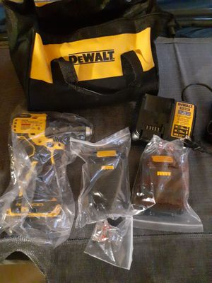 "Brand new dewalt 20vmax cordless brushless 1/2"" compact drill/driver kit for Sale in Minneapolis, MN"