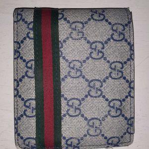 Gucci Wallet for Sale in Moreno Valley, CA