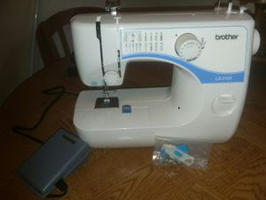 Brother sewing machine for Sale in Lithia, FL