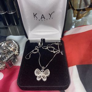Kay Jewelers Butterfly Necklace for Sale in Hyattsville, MD