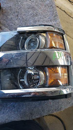 Silverado headlight 2013 for Sale in Escondido, CA