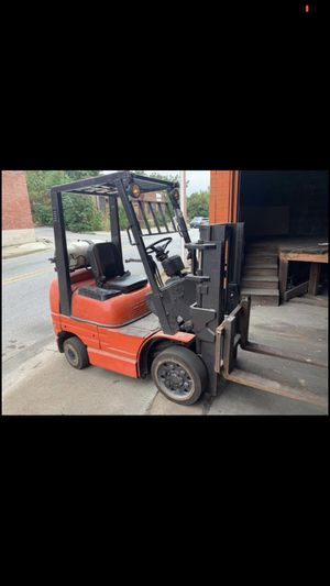 1999 Toyota Forklift for Sale in Queens, NY