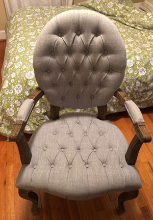 Light Blue Tufted Chair for Sale in Roanoke, VA