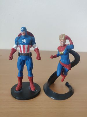 "Avengers Assemble Captain America and Captain Marvel 3 "" (Ship only) for Sale in Houston, TX"