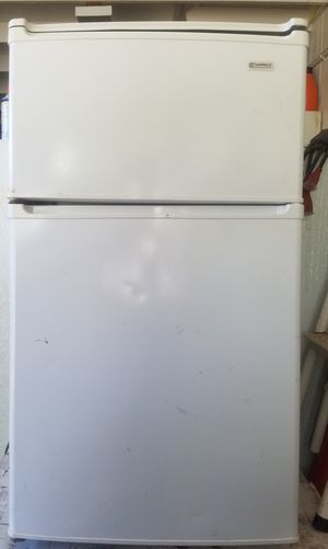 Kenmore mini refrigerator with freezer for Sale in Mililani, HI