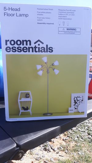 Brand new room essentials floor lamp for Sale in Archdale, NC