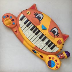 Meowsic Cat Piano, Interactive Keyboard Music, Toy mic, Songs and Tunes, for Sale in Hallandale Beach,  FL