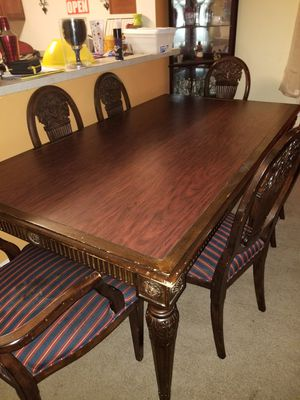Hand crafted DR Table for Sale in Alexandria, VA