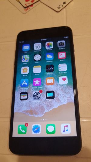 Iphone 7plus 128gb for Sale in Detroit, MI
