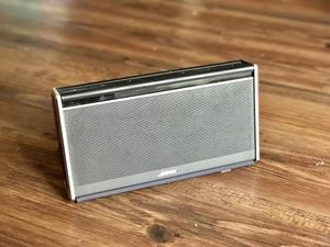 BOSE Soundlink Wireless Speaker for Sale in Chicago, IL