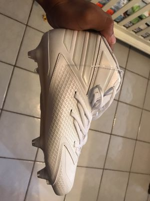 Adidas size 10 cleats $30 for Sale in Miami, FL